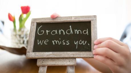 Auch einekleine Botschaft kann Freude machen in Zeiten der Corona-Krise. Gerade viele ältere Menschen leiden derzeit unter Einsamkeit und Isolation.