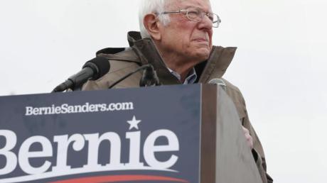 Bernie Sanders zieht sich aus dem Rennen um die demokratische Präsidentschaftskandidatur zurück.