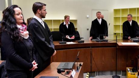 Beate Zschäpe wurde vom Oberlandesgericht München wegen zehnfachen Mordes verurteilt.