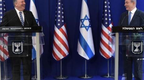 US-Außenminister Mike Pompeo (l.) und Israels Ministerpräsident Benjamin Netanjahu während einer gemeinsamen Pressekonferenz.
