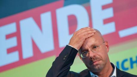 Andreas Kalbitz, Landesvorsitzender der AfD in Brandenburg, ist nach einem Beschluss des Bundesvorstands nicht mehr Mitglied der Partei.