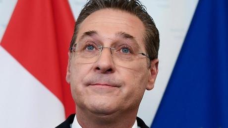 Die FPÖ hat Heinz-Christian Strache nach den Wirren um das Ibiza-Video und eine Spesenaffäre aus der Partei ausgeschlossen.