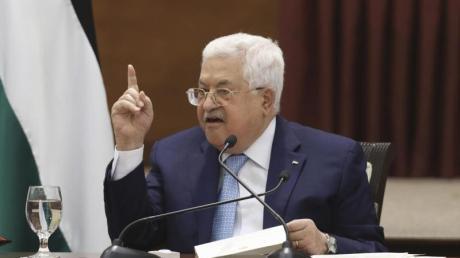 Palästinenserpräsident Mahmud Abbas spricht bei einem Treffen der Palästinenserführung.