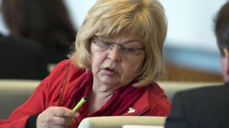 Barbara Borchardt 2013 im Landtag in Schwerin.