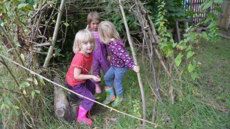 Eine Höhle bauen, im Grünen spielen – Momente wie diese kommen im Alltag vieler Kinder zu kurz.