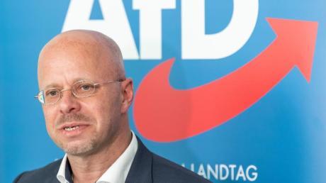 Andreas Kalbitz geht nun juristisch gegen den AfD-Rauswurf vor.