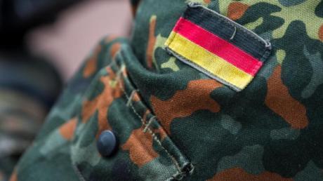 Die neue Wehrbeauftragte ruft zu stärkerem Engagement gegen Rechtsextremismus bei der Bundeswehr auf - warnte aber auch vor einem Generalverdacht.