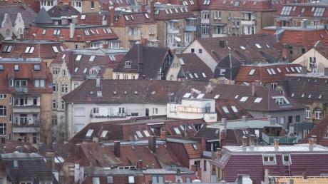 Blick auf die Stuttgarter Innenstadt: Für die Kommunen ist die Grundsteuer eine der wichtigsten Einnahmequellen. Im vergangenen Jahr kamen rund 14 Milliarden Euro zusammen.
