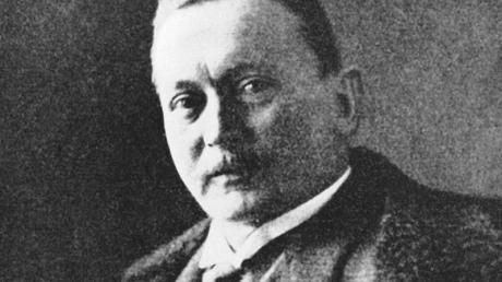 Der deutsche Afrikaforscher Hermann von Wissmann in einer zeitgenössischen Aufnahme. Von 1895 bis 1896 war er Gouverneur in Deutsch-Ostafrika.