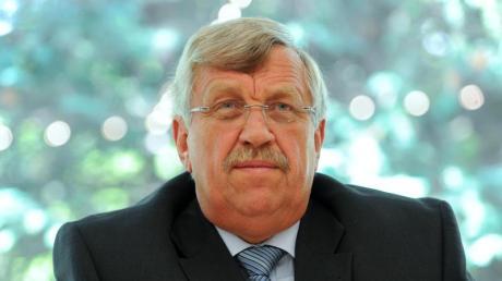 Vor gut einem Jahr ist der Kasseler Regierungspräsident Walter Lübcke erschossen auf der Terrasse seines Wohnhauses aufgefunden worden.