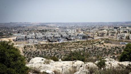 Ein Blick auf neue Gebäude in der Siedlung Schomron, die unter israelischer Regionalverwaltung im Westjordanland steht.