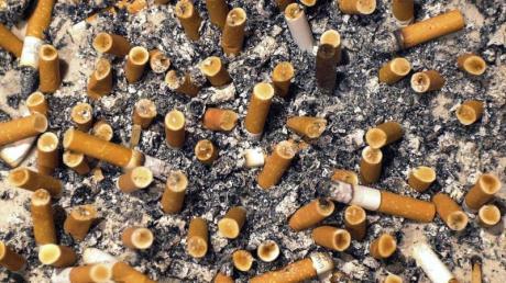 Der Bundestag hat Werbung für das Rauchen weiter eingeschränkt.