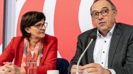 Die SPD-Doppelspitze: Saskia Esken und Norbert Walter-Borjans.