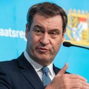 Bayerns Ministerpräsident Markus Söder hat sich gegen eine Abschaffung der Maskenpflicht ausgesprochen.