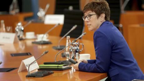 «Rollende Intensiveinheiten»: Bundesverteidigungsministerin Annegret Kramp-Karrenbauer.