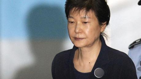 Die frühere Präsidentin von Südkorea, Park Geun Hye, bei einem ersten Prozess im Jahr 2017.