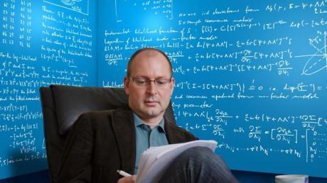Christian Hesse ist Mathematiker an der Universität Stuttgart.