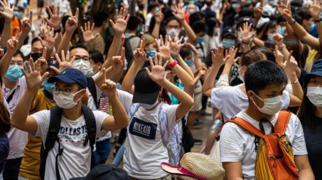 Proteste Anfang Juli in Hongkong gegen das neue Sicherheitsgesetz: China steht wegen seiner Hongkong-Politik international schwer in der Kritik.