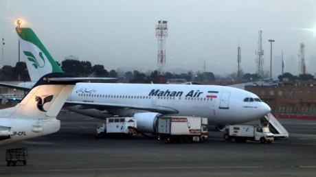 Ein Flugzeug der iranischen Fluggesellschaft Mahan Air musste notlanden.