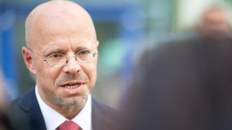 Andreas Kalbitz ist aus der AfD ausgeschlossen worden - was auch das Bundesschiedsgericht der Partei bestätigt hat.