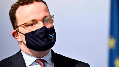 Gesundheitsminister Jens Spahn will eine Testpflicht für Rückkehrer aus Risikogebieten anordnen.