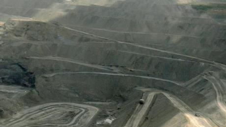 Blick über den riesigen Tagebau Cerrejon in Kolumbien. Der größte Steinkohletagebau Lateinamerikas erstreckt sich im Department La Guajira auf rund 690 Quadratkilometern.