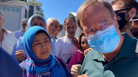 Armin Laschet im Flüchtlingslager Moria auf der griechischen Insel Lesbos. Laschet befindet sich auf einem mehrtägigen Besuch in Griechenland.