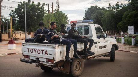 Polizisten in Niamey, der Hauptstadt der Republik Niger.