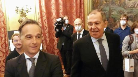 Bundesaußenminister Heiko Maas mit dem russischen Außenminister Sergej Lawrow (r).