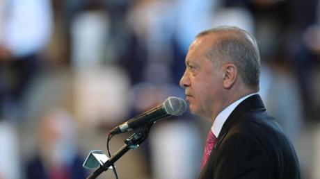 """Recep Tayyip Erdogan: «Solltet Ihr unsere """"Oruc Reis"""" angreifen, werdet Ihr einen hohen Preis dafür bezahlen.»."""