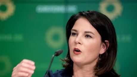 Kanzlerkandidatur? Entscheiden wir, wenn wir es für richtig halten, sagen die Grünen-Parteichefs Robert Habeck und Annalena Baerbock (im Bild).