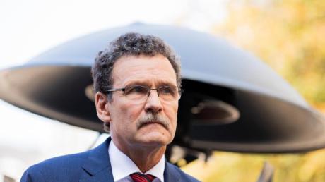 Christoph Unger, Präsident des Bundesamts für Katastrophenhilfe (BBK), soll nach dem fehlgeschlagenen bundesweiten Warntag am 10.09.2020 abgelöst werden.