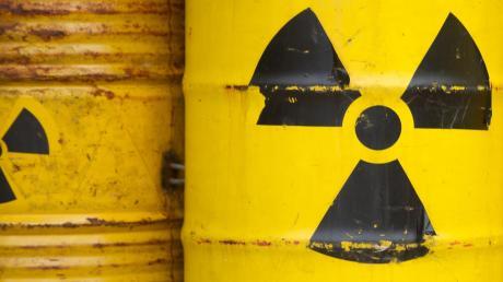 Wohin mit dem Atommüll in Deutschland? Diese Frage ist bis heute ungeklärt – und bis ein Standort gefunden ist, wird es noch dauern. Frühestens 2031 fällt eine Entscheidung.