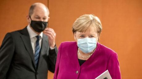 Bundeskanzlerin Angela Merkel und Vizekanzler Olaf Scholz haben beide ihre erste Schutzimpfung gegen das Coronavirus erhalten.
