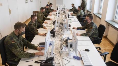 Soldaten der Bundeswehr helfen in der Region Hannover bei der Nachverfolgung von Infektionsketten.