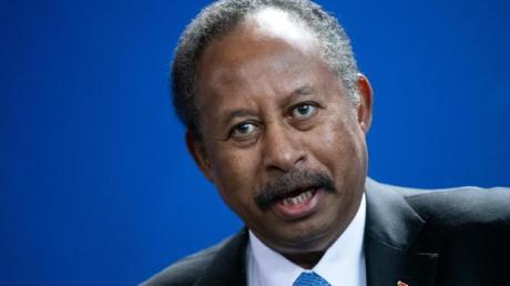 Abdullah Hamduk, Ministerpräsident des Sudan und Leiter der sudanesischen Übergangsregierung, spricht imFebruar auf einer Pressekonferenz.