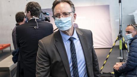Holger Münch, BKA-Präsident, kommt zur öffentlichen Sitzung des Bundestags-Untersuchungsausschusses zum Anschlag am Breitscheidplatz.