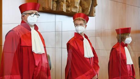 Dass die Richter des Bundesverfassungsgerichtes in Karlsruhe sich mit der juristischen Prüfung von Bundestagswahlen beschäftigen müssen, ist ausgeschlossen.
