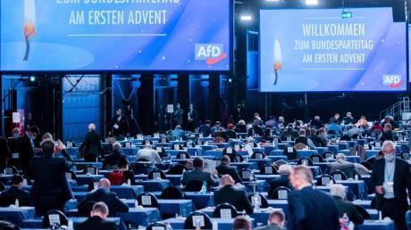 Der AfD-Bundesparteitag findet unter strengen Corona-Auflagen in Kalkar am Niederrhein statt.