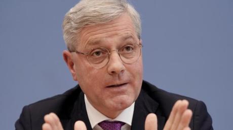 Norbert Röttgen ist Vorsitzender des Auswärtigen Ausschuss