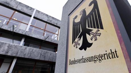 Die öffentlich-rechtlichen Sender wollen wegen der Blockade aus Sachsen-Anhalt gegen einen höheren Rundfunkbeitrag vor das Bundesverfassungsgericht ziehen.