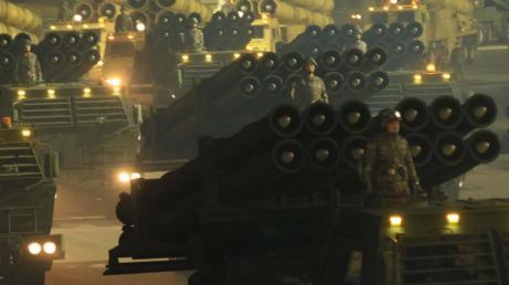 Die Militärparade erfolgte nach den Berichten zur Feier des zwei Tage zuvor beendeten Kongresses der herrschenden Arbeiterpartei.