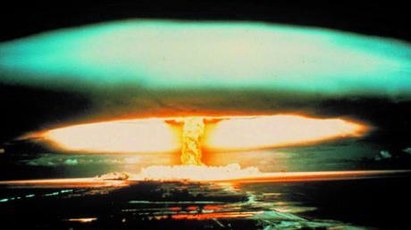 Französischer Atomtest auf dem Mururoa-Atoll 1970: Totale Abschaffung der Nuklearwaffen als oberste Priorität.