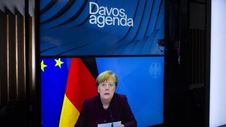 Bundeskanzlerin Angela Merkel spricht während einer Videokonferenz im Rahmen des Weltwirtschaftsforums.