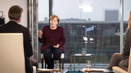 Bundeskanzlerin Angela Merkel gibt selten Interviews. In dieser Woche machte sie gleich zwei Ausnahmen.