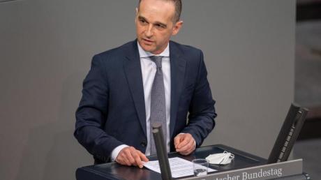 Bundesaußenminister Heiko Maas im Bundestag: «Was wie ein Auszug aus einem alten Agentenhandbuch klingt, das ist kurz gefasst nichts anderes als das Drehbuch, nach dem Moskau in den letzten Monaten agiert.».