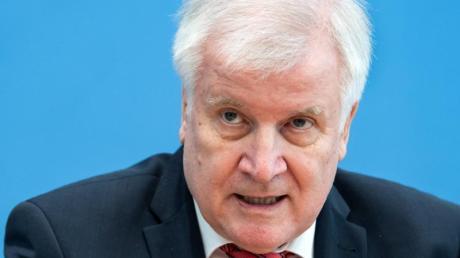 «Unsere Sicherheitsbehörden haben erneut einen islamistischen Terroranschlag verhindert», sagt Bundesinnenminister Horst Seehofer.