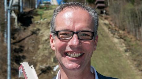 Hans-Martin Renn ist ein weltweit gefragter Schanzenbauer.