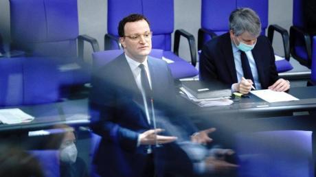 Bundesgesundheitsminister Jens Spahn steht in der Corona-Krise selbst unter Druck.