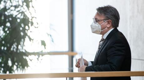 Seine Immunität als Abgeordneter ist aufgehoben, die Staatsanwaltschaft ermittelt in der Masken-Affäre: Bundestagsabgeordneter Georg Nüßlein, mittlerweile aus der CSU ausgetreten.